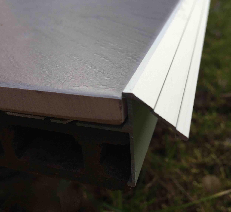 Profile pour terrasse et balcon goutte d eau for Profile alu pour veranda